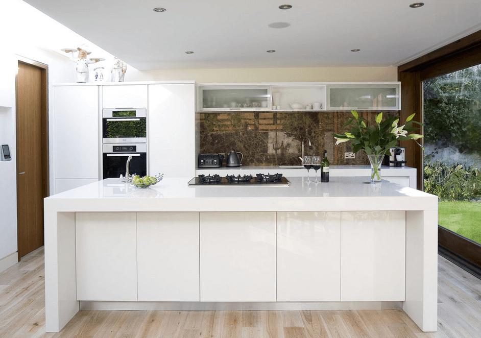 Best glosy kitchen backsplash options white cabinet